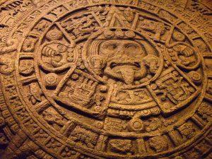 El Calendario Azteca, labrado en piedra, símbolo mexicano
