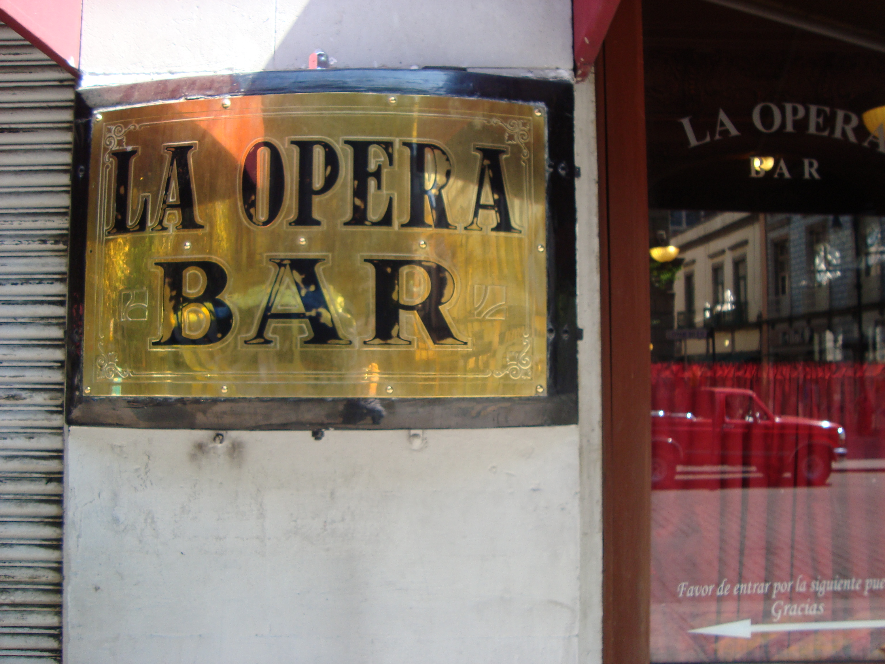 El bar La Opera, cantinas de la Ciudad de México