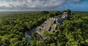 La pirámide principal de Calakmul